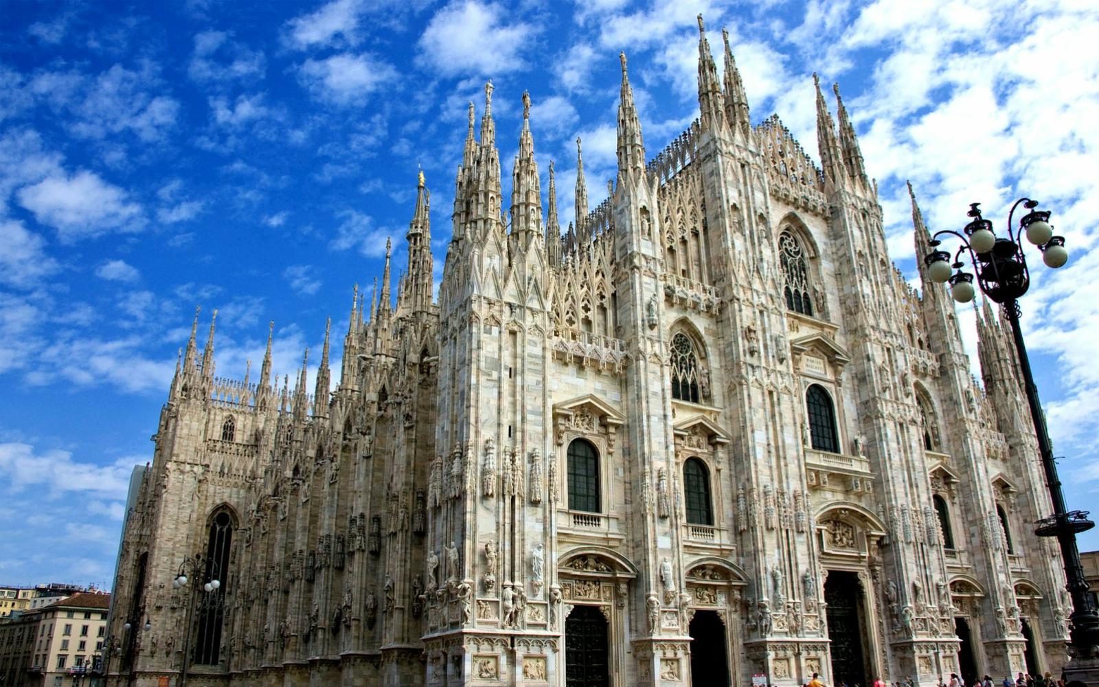 TAROM: Cursă nouă Iași - Milano (Bergamo) din 4 iunie